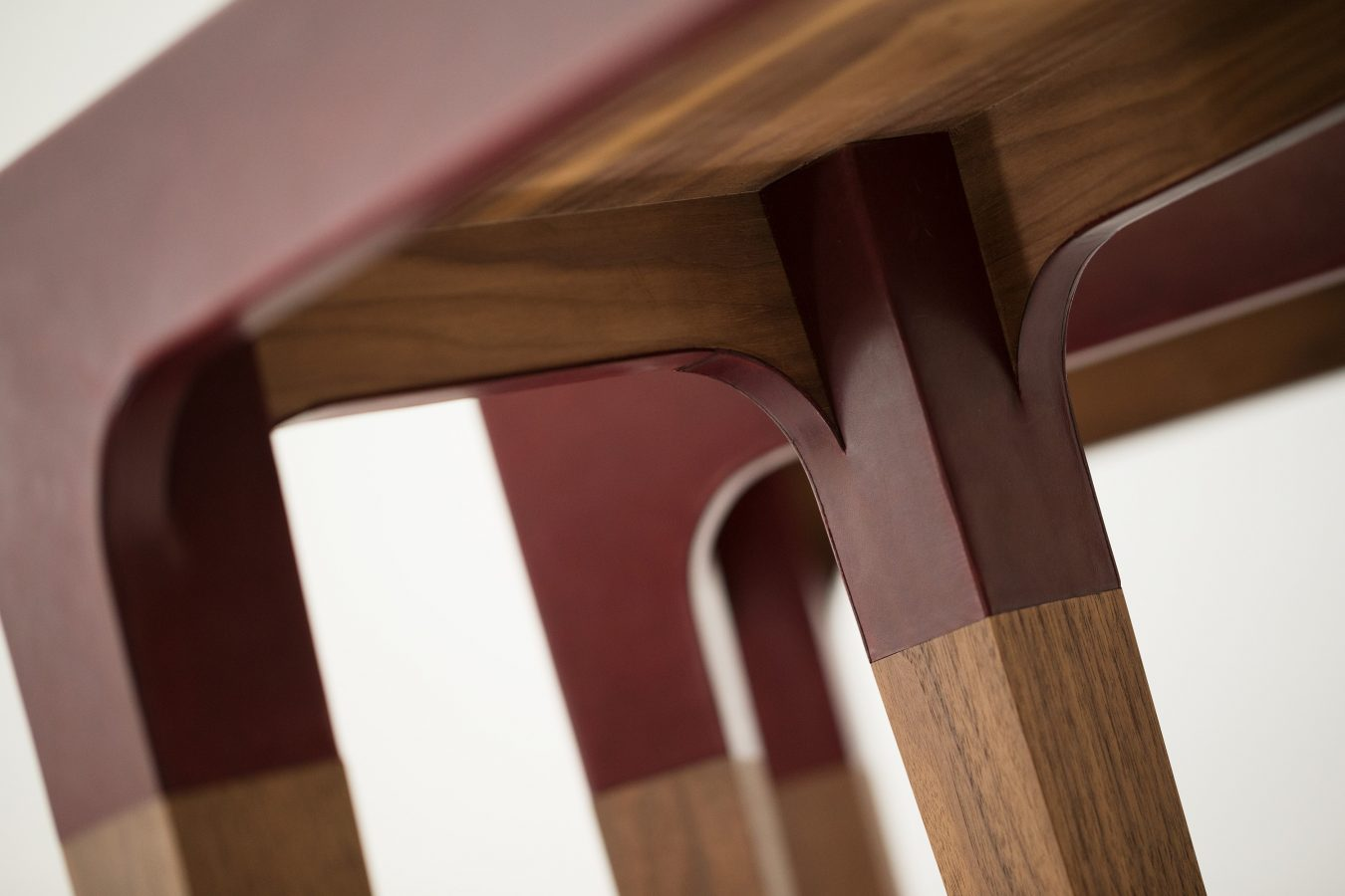 leather and walnut console table detail 1