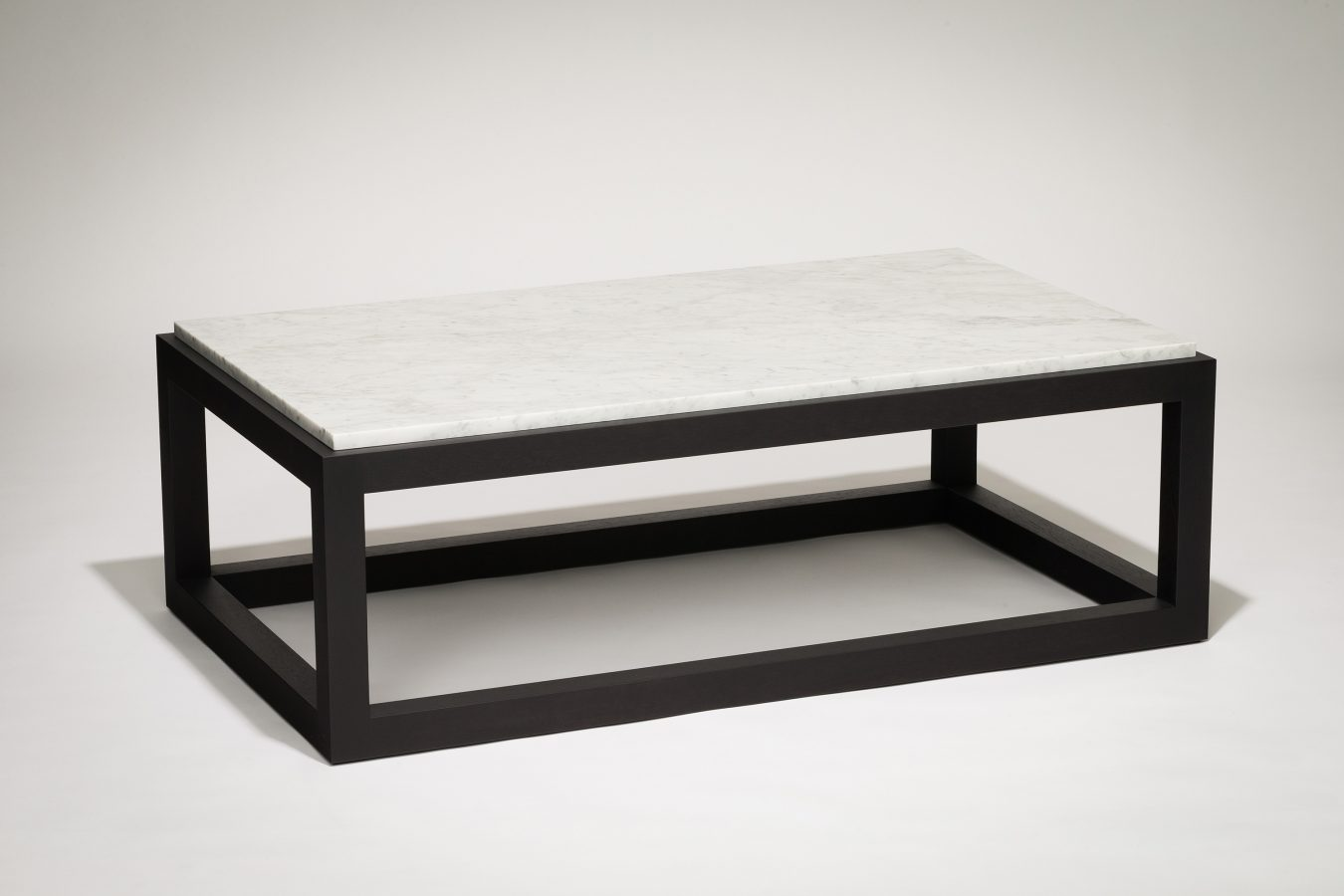 marble and wood coffee table single